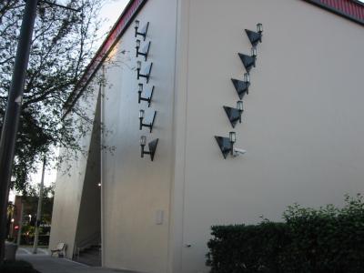 フロリダ最古のレストランとホロコースト博物館
