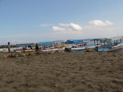 ロンボクの海