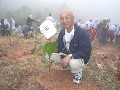 マレーシアキャメロンハイランドで植林をしました