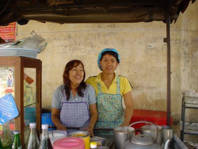 タイ中部3: スコータイ 「遺跡への前線基地ニュー・スコータイ」