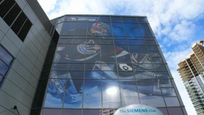 Go-Canucks-Go!(NHL観戦記)
