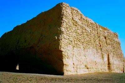 玉門関・陽関と漢の長城