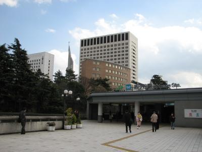 四谷駅近辺の風景
