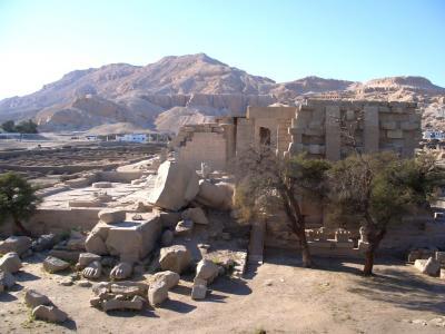 エジプト旅行[2週間]? 3月3日、4日、5日 7~9日目