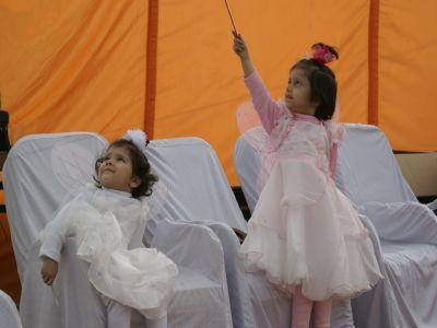 ラホール市で春祭り「凧揚げ祭り」