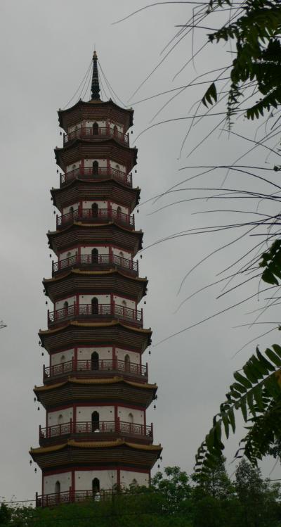 広州・河南の赤崗塔