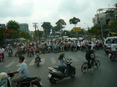世界遺産アンコールワットとベトナム感動紀行5日間:ホーチミン市内?