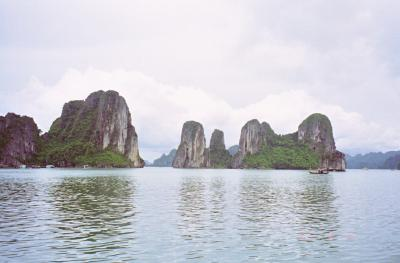 ベトナム~世界自然遺産ハロン湾~