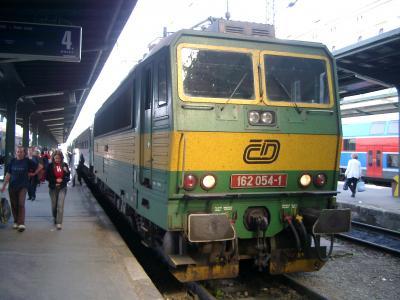 列車-プラハ・マサリク駅