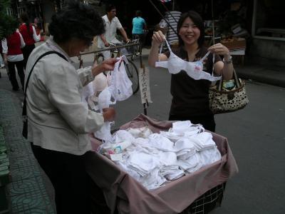今、ナウなランジェリー in 上海 2