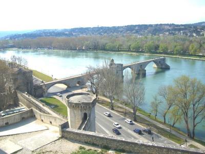 欧州鉄道の旅( ★世界文化遺産:アヴィニョン Avignon)