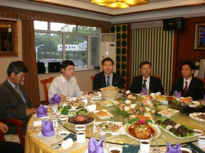 京都府、舞鶴市政府代表団延吉訪問
