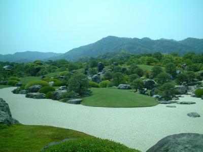 2006  足立美術館 庭園でも有名です。