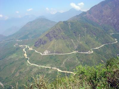 北部ベトナム11: サパ 「チャム・トン峠」 原付バイク・ツーリング