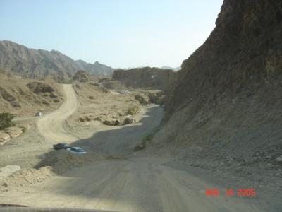 UAEの山岳地帯ハッタを行く!