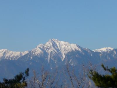 残雪の八ヶ岳・編笠山へ