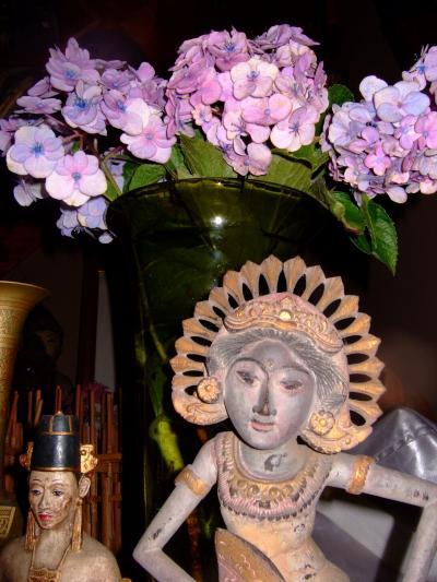 トゥガナン村で購入した像