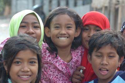 ロンボク島  スラムの笑顔