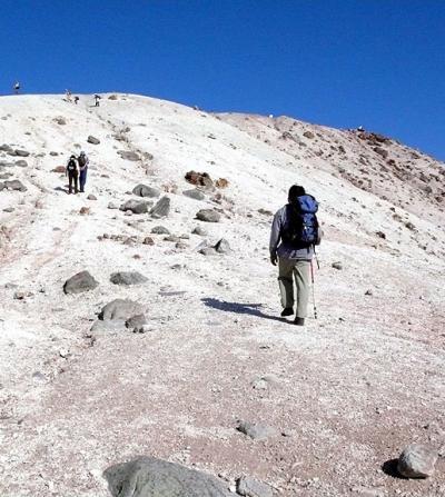 山登り記-2007-/紅葉のニセコで1日2山~(その2)イワオヌプリ
