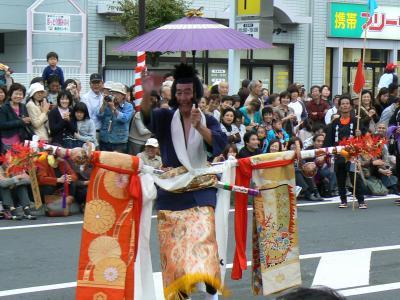 やっぱりこの姿は奇祭 日本三大奇祭? 島田の帯祭