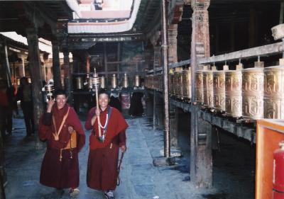チベットの大タンカをたずねて(2)~ラサ~