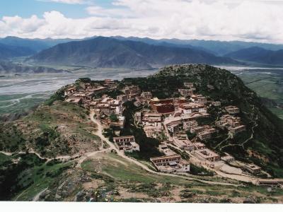 チベットの大タンカをたずねて(3)~ガンデン寺~