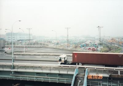 東京貨物ターミナル駅と東京トラックターミナル