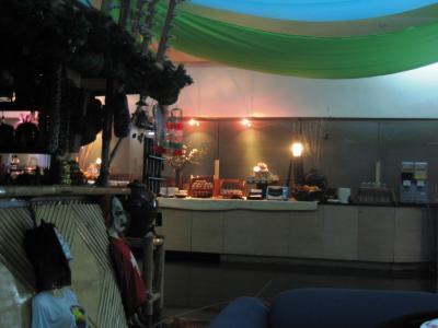 2007秋、フィリピン旅行記1(23完):11月2日:早朝の帰国、マニラ空港のラウンジ