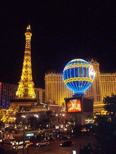 ☆Las Vegas☆ 満喫の5泊7日−6日目 パリスホテル・帰国の予定が・・−