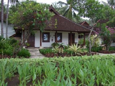 ロンボク島 ホテルリサーチ