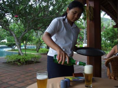 ホリディ  リゾート  ロンボク島