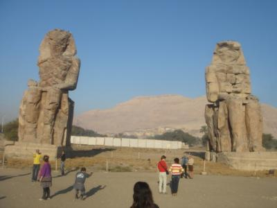 ルクソール メムノンの巨像