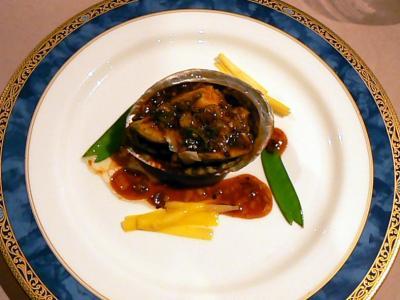 6.エクシブ初島 二日連続で中国料理レストラン翠陽での夕食 期待を裏切らぬ美味しいお料理を堪能できました ホテルの電飾