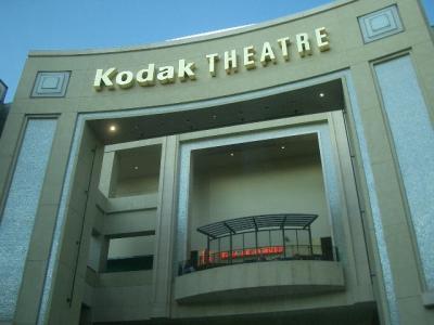 Kodak Theatre は車中から見るだけ