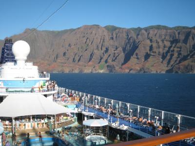 ハワイ4島:クルーズによる青い海旅行