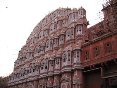 2008冬、インド旅行記(8):1月26日(6)ジャイプル、ジャンタル・マンタル(天文台)、シティ・パレス
