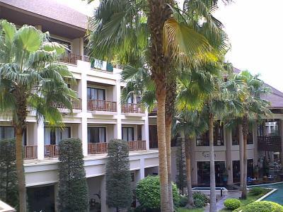 タイ チョンブリ バンセンビーチ The Tide Resort タイドリゾート に宿泊してみました。