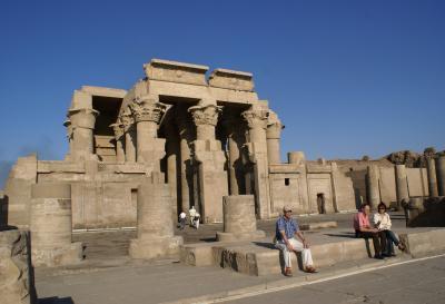 エジプト周遊? コムオンボ神殿