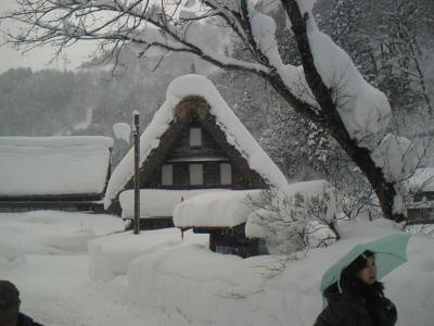 雪の五箇山・・へ