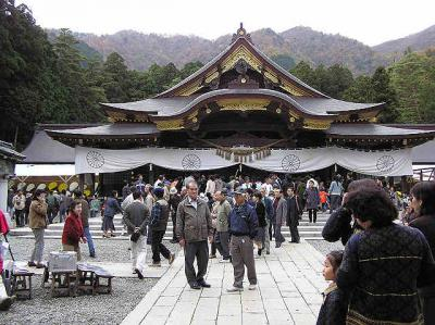 弥彦神社菊祭り (新潟県)