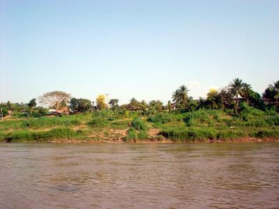 メコンさかのぼり3: パクベン⇒フエサイ 「ラオス・タイ国境」