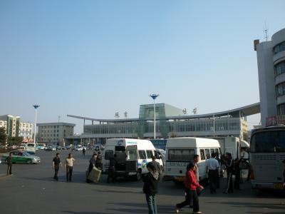 延吉駅から徒歩5分 友人の日系会社に遊びに行く