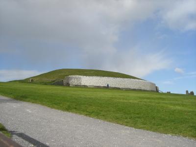 アイルランド世界遺産-ニューグレンジとタラの丘-