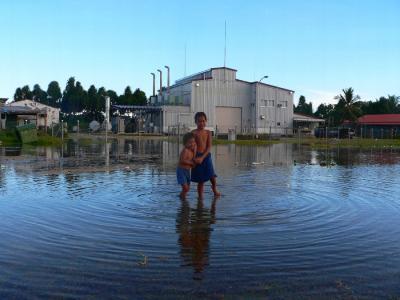 ツバル写真集・地球温暖化でツバルは沈むか?
