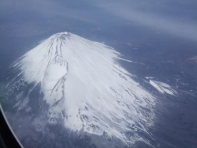 デトロイト行きの飛行機から見た富士山