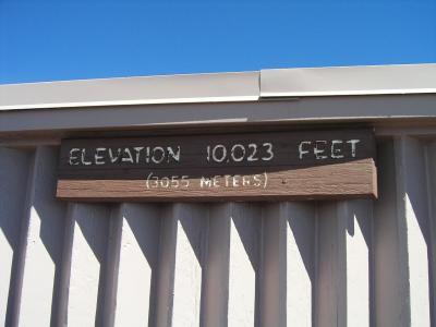 自動車で上れる3000メートル でも、空気は薄く 寒い