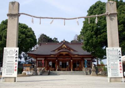忠臣蔵の主人公大石内蔵助邸宅跡に建立された大石神社参拝