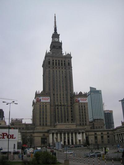 共産主義の残滓と近代都市と歴史的街並み