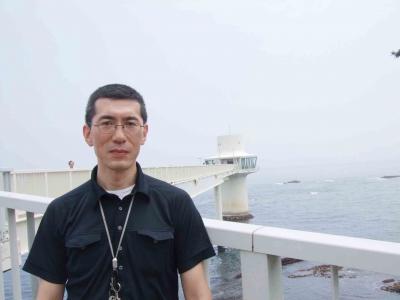 08年07月06日(日)、家族3人で夢の海中散歩道「勝浦海中展望塔」に行ってきました。