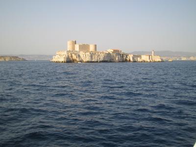 南欧横断(3)岩窟王の島